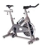 como adelgazar las piernas con bicicleta estatica de pie